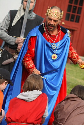 Pageantry, Heraldry and Chivalry Abound at the Robin Hood Springtime Festival, MTA Metro-North Railroad's Newest Getaway Package