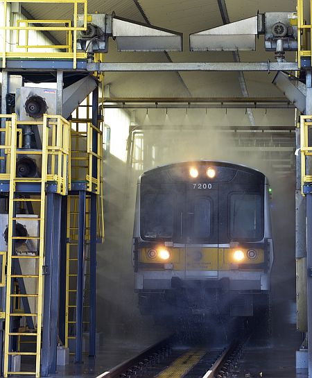 New Metro North President To Recertify As Locomotive: LIRR Opens New High-Tech Train Wash