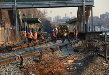 Metro-North track repair